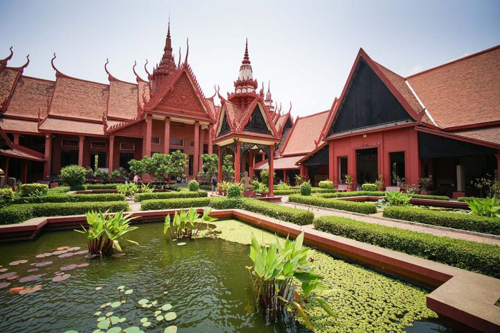Green Cultural Travel - Cambodia - Tours - National Museum (3)