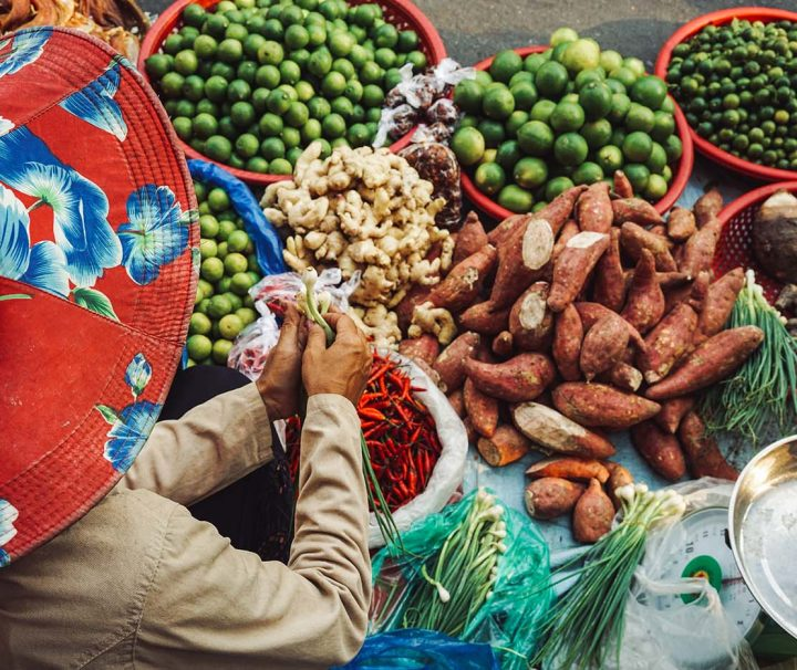 Green Cultural Travel - Cambodia - Tours - Russian Market (7)