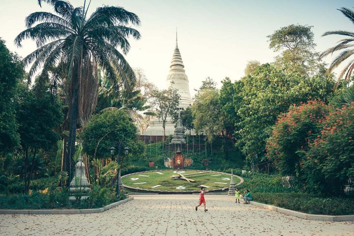 Green Cultural Travel - Cambodia - Tours - Wat Phnom (12)