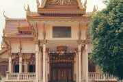 Green Cultural Travel - Cambodia - Tours - Wat Langka (3)
