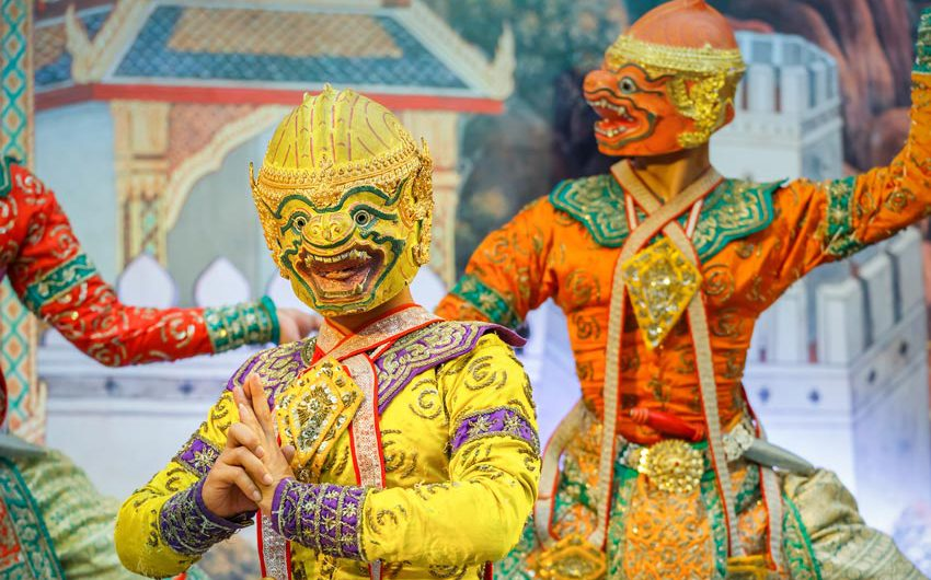 Green-Cultural-Travel-Cambodia-Celebrations-Mask