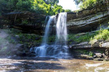 Green Cultural Travel - Cambodia - Kampot - Thmor Tada Waterfall