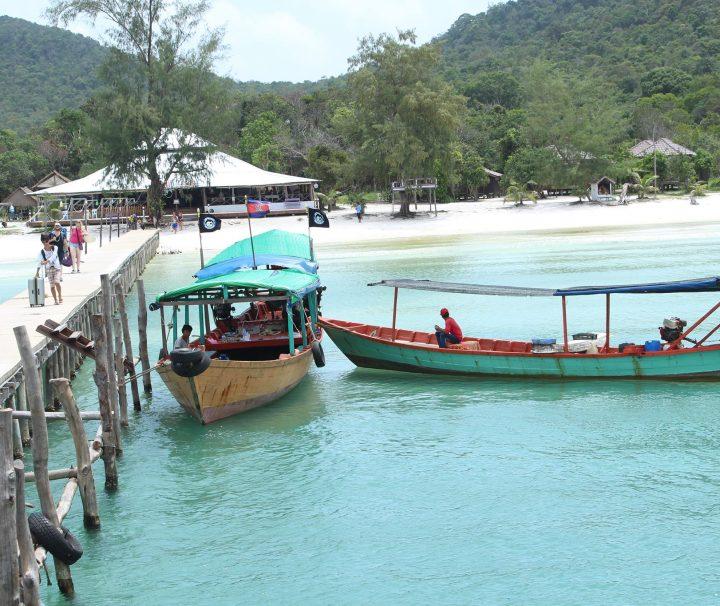 Green Cultural Travel - Cambodia - Sihanouk Ville - Boats in Koh Rong Samloem