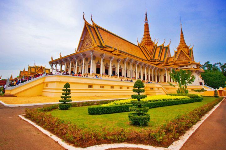 Green Cultural Travel - Cambodia - Phnom Penh - Royal Palace