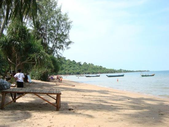 Green Cultural Travel - Cambodia -Kep-Crab - rabbit Island